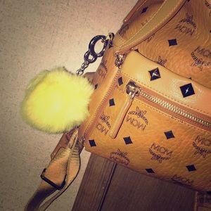 Accessories - Yellow puffball keychain